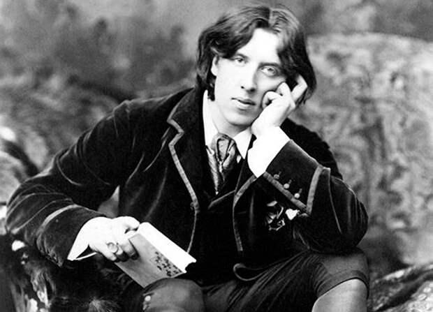 Эстет-декадент с порочными страстями, который покорил мир одним романом. Оскар Уайльд .