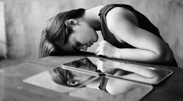 Хроники депрессии: почему меланхолия и уныние превратились в болезнь XXI века