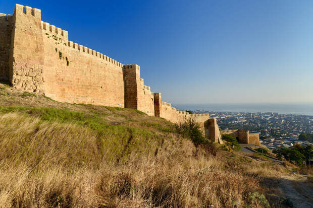 Дербент: самый древний город России... ну или почти самый (ФОТО)