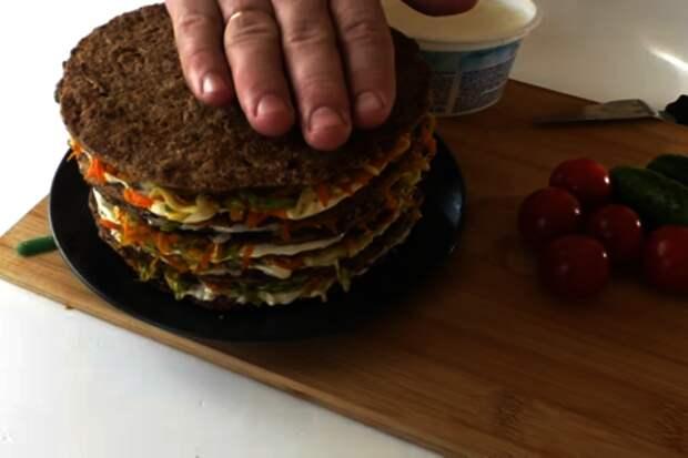 Закусочный печеночный торт с кабачками: фото шаг 7