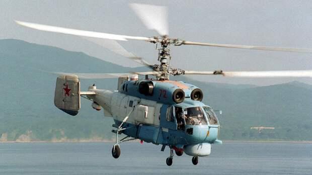 Палубный вертолет Ка-27ПЛ отработал противодиверсионные задачи в Балтийском море