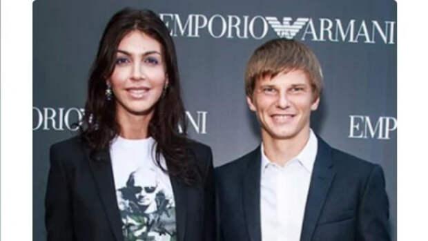 Мать Аршавина вспомнила, как Казьмина обманом забрала деньги футболиста
