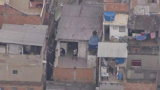23 человека погибли в перестрелке в Рио-де-Жанейро. Местные полицейские вели...
