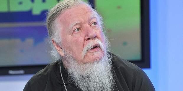 """В РПЦ назвали ядерное оружие """"замечательным изобретением"""", благословленным богом"""