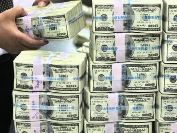 FT: состояние российских миллиардеров превысило 35% ВВП страны
