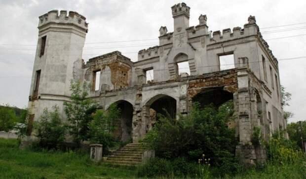 Остатки усадьбы под Симферополем хотят превратить в замок