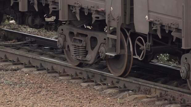 Десятки вагонов с «опасными» веществами загорелись в США