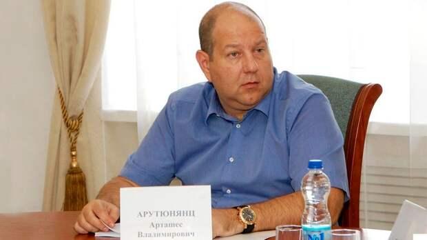 Президент «Ростова» — о расставании с Еременко: «Рома сделал свой выбор, и я не мог не пойти ему навстречу»