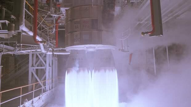 """В Sohu объяснили, как """"мировое лидерство"""" США разбилось об ракетные двигатели из России"""