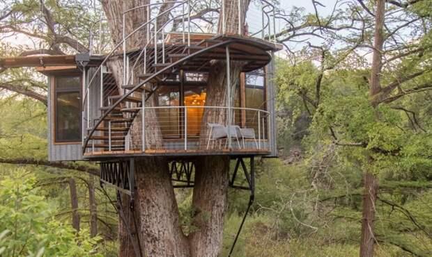 Необычный эко-дом Yoki Treehouse создан дизайнерским бюро ArtisTree (США).