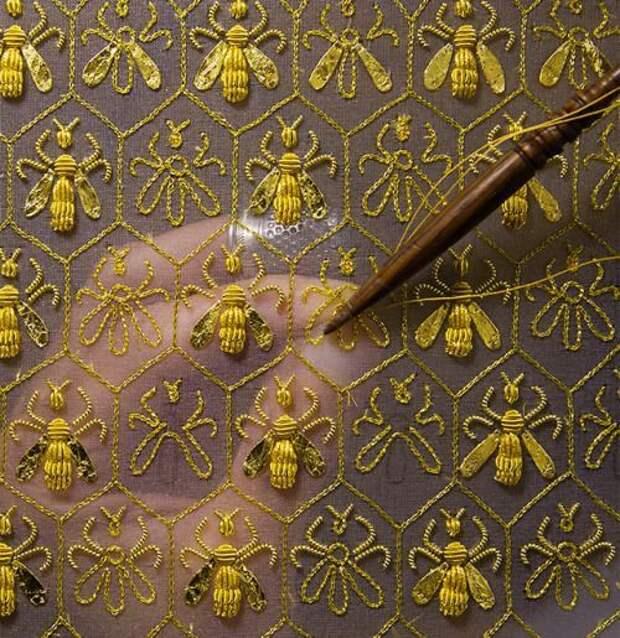 Вязано-вышитые пчелы подборка