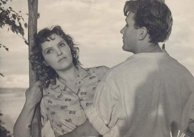 Что сломало судьбу одной из самых красивых латвийских актрис Дзидры Ритенберг