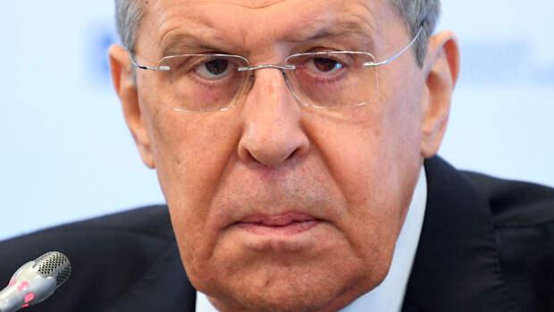 Лавров заявил, что Россия осуждает удары израильтян и палестинцев по гражданским объектам