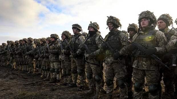 Украинские военные провели учения у границ Крыма