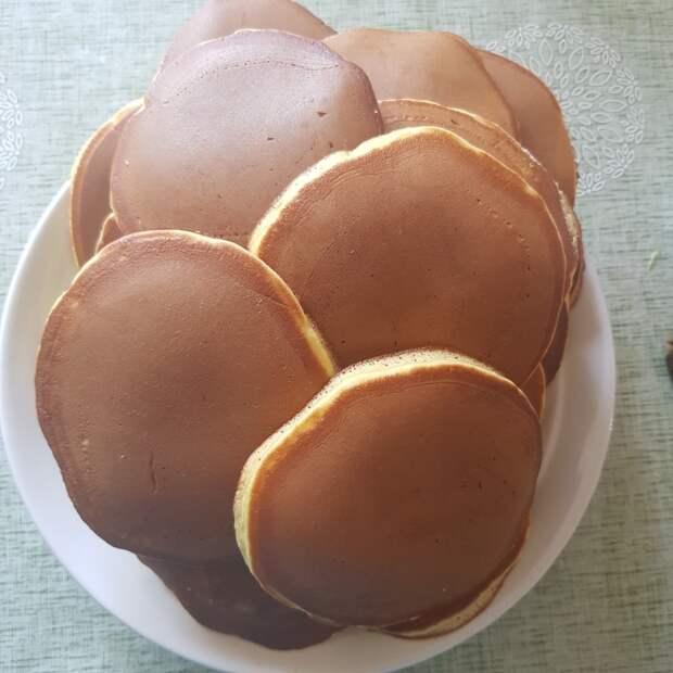 Итак, представляю вам рецепт японских оладушек - Дораяки.