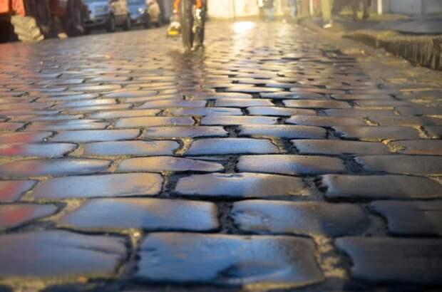 При согласовании проекта тротуары на улице Гризодубовой появятся в этом году