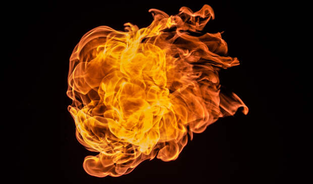 МЧС Карелии сообщило детали серьезного пожара в дачном кооперативе