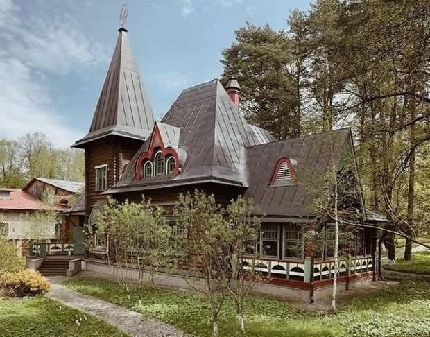 Старинные дачи в объективе российского фотографа ФёдораСавинцева