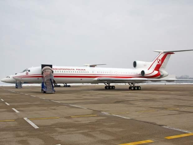 В Сейме заявили, что при ремонте в России в Ту-154 Качиньского заложили тротил