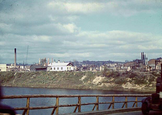1941. Вид с временного моста
