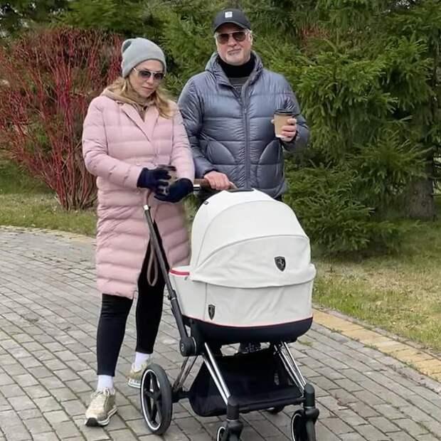 Валерий Меладзе и Альбина Джанабаева определились с именем для новорожденной дочки