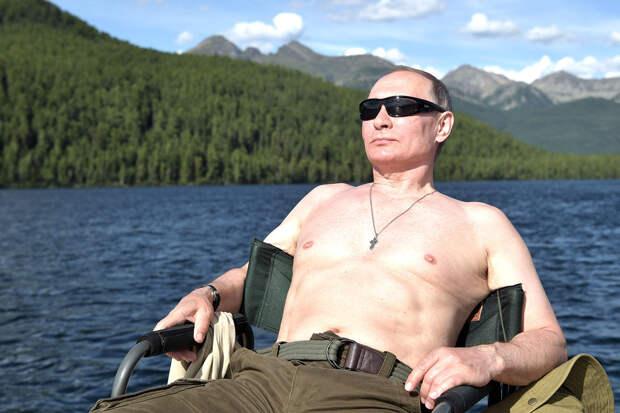 Россияне назвали Путина самым красивым соотечественником