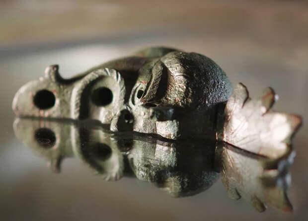В Иерусалиме нашли половину античного светильника в форме головы. Вторая половина нашлась в Будапеште