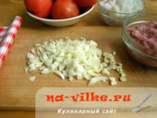 Фаршированные помидоры фаршем и рисом