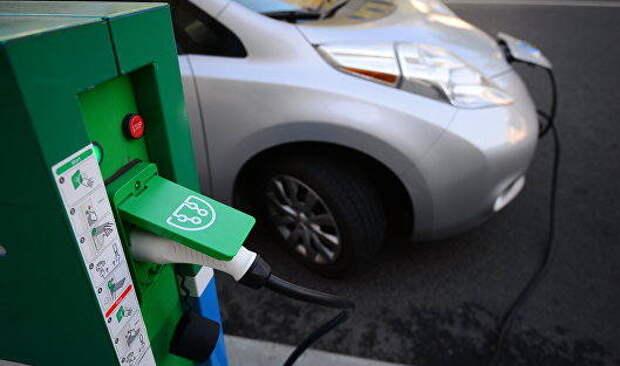 Эксперт подсчитал, на каком топливе ездить дешевле