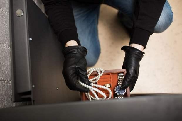 Преступная группировка с Украины укралая из банковких ячеек в Москве около 300 млн