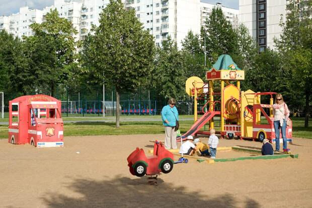 Детские площадки в виде танка «Армата» появятся в России