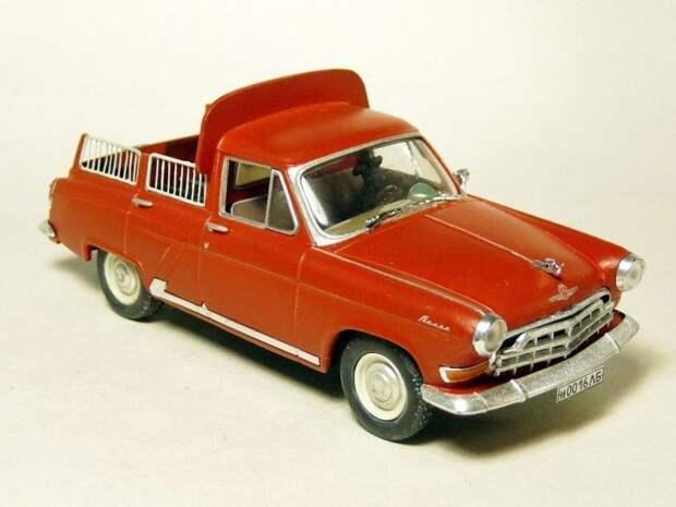 ГАЗ-22 из кинофильма «Лунный папа» авто, автодизайн, газ, запорожец, моделизм, модель, москвич, советские автомобили