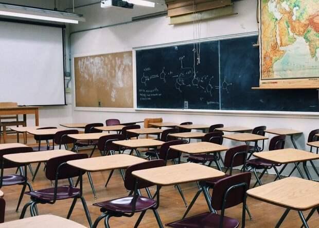 Минобразования Крыма запретило собирать деньги на покупку рециркуляторов в школы