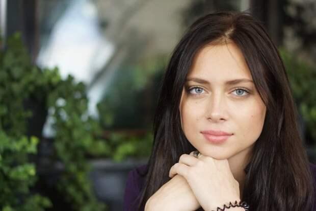Настасья Самбурская. Лучшие фотографии