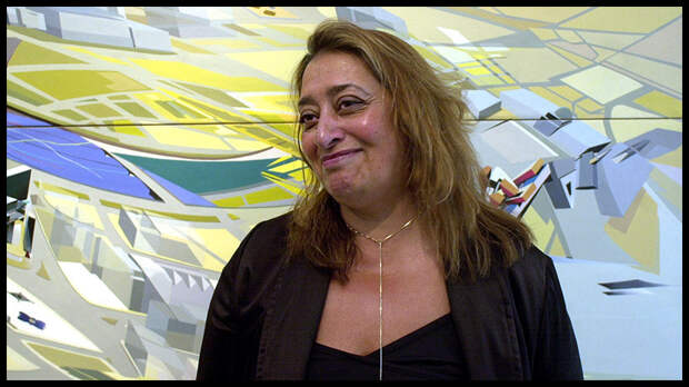 31 марта британский архитектор и дизайнер Заха Хадид скончалась в Майами на 66-м году жизни от сердечного приступа.