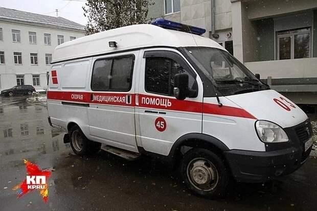 Житель Симферополя до смерти избил пописавшего в подъезде приятеля