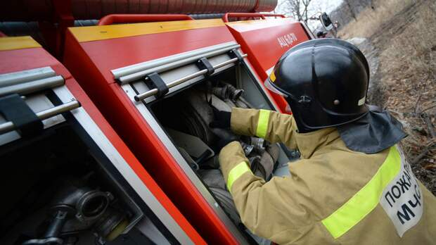 В Екатеринбурге локализовали пожар в жилом доме