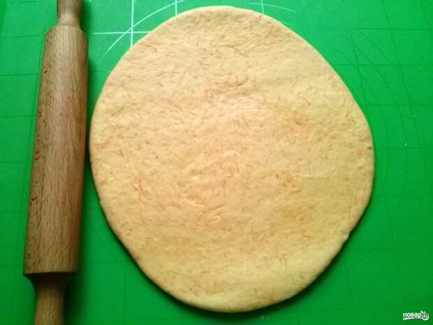 Пирог в виде петуха - фото шаг 7