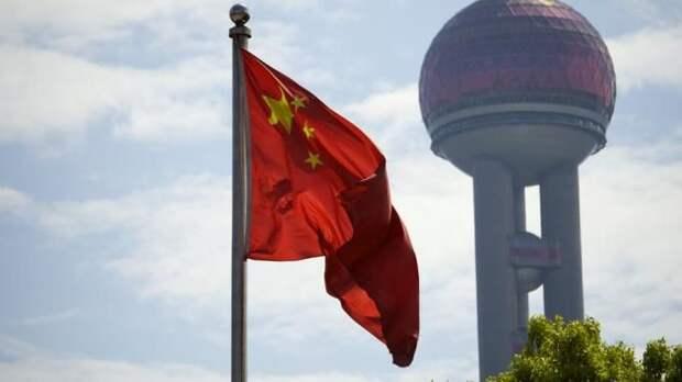 Военные КНР выдворили эсминец США из своих территориальных вод