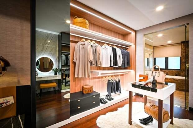 Как обустроить комфортную гардеробную в доме