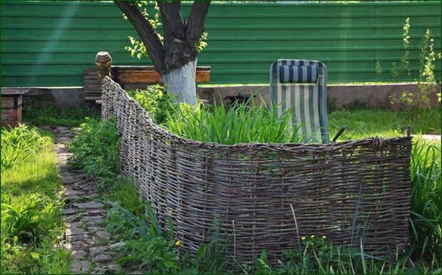 Оградка из прутьев