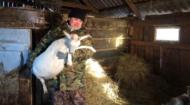 Фермер из Зауралья, выращивающий коз, решил бороться в суде против козлов Евгений Васильев, трекер, фермер