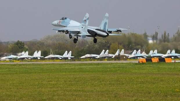 Су-27 перехватил над Балтикой самолеты США, Швеции и Германии