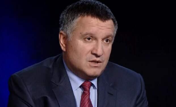 Аваков рассказал о «срыве» Зеленского на Лаврова на саммите в Париже