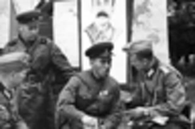 Перед парадом вермахта и Красной армии в Бресте