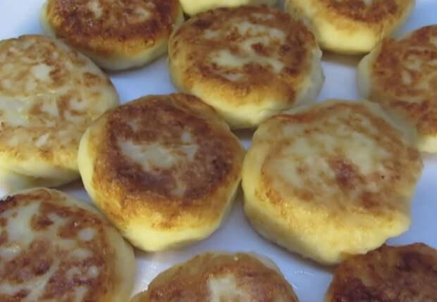 Пачка творога и 2 картофелины: завтрак на всех за минуты готов