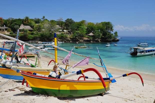 Бали закрыто для иностранных туристов до конца года