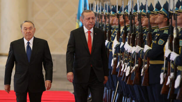 Президент Казахстана: полномочия государственного лидера и сферы влияния