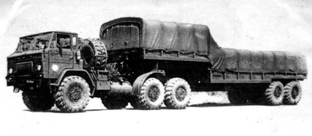 Опытный тягач КрАЗ-Э259 с активным бортовым полуприцепом Э834 (из архива НИИЦ АТ) авто, автопоезд