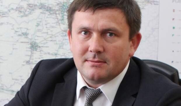 Дума Каменска-Уральского приняла отставку мэра Алексея Шмыкова